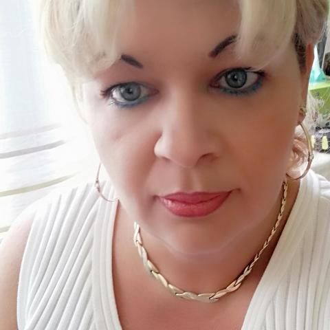 Léna, 45 éves társkereső nő - Csongrád