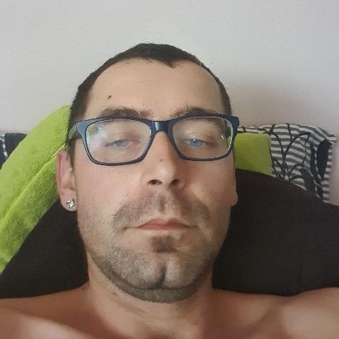 István, 29 éves társkereső férfi - Hantos