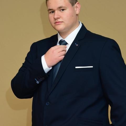 Zoltán, 19 éves társkereső férfi - Nagyhegyes