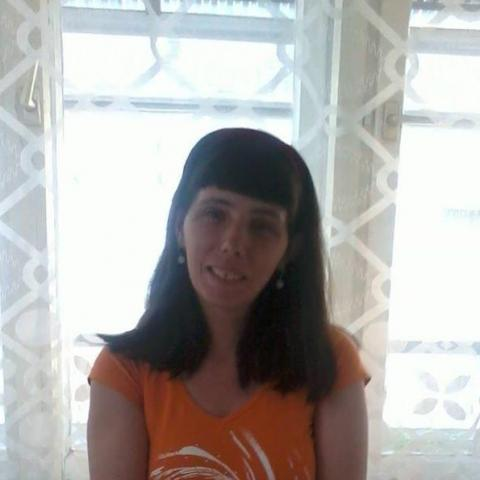 Erzsi, 38 éves társkereső nő -