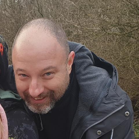József, 49 éves társkereső férfi - Vál