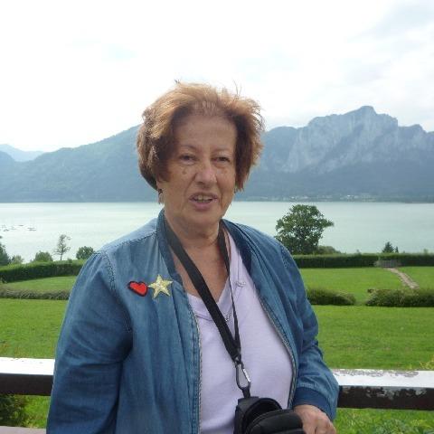 Judit, 67 éves társkereső nő - Budapest