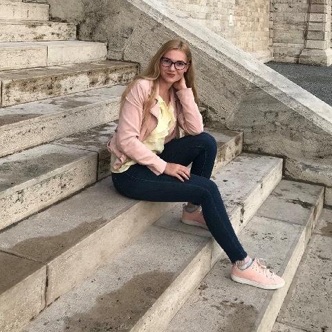 Lili, 30 éves társkereső nő - Alsónémedi