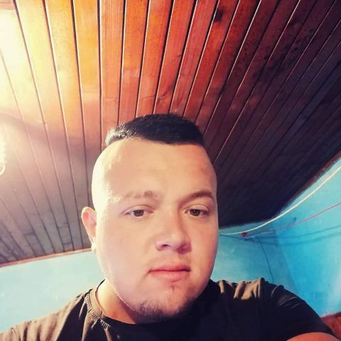Dani, 25 éves társkereső férfi - Csibrák