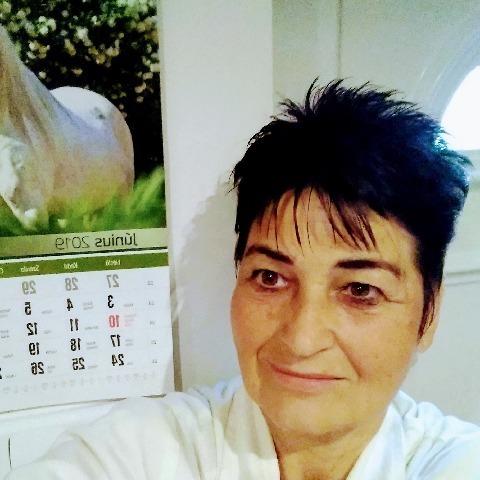 Gyöngyike, 67 éves társkereső nő - Ráckeve