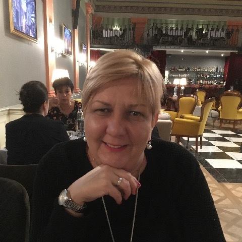 Eszter, 50 éves társkereső nő - Pécs