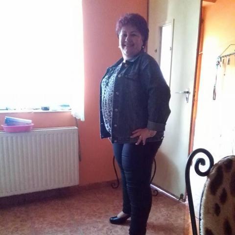 Zsuzsi, 56 éves társkereső nő - Kurd