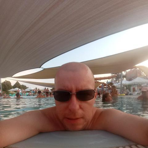 Zsolt, 39 éves társkereső férfi - Zselíz