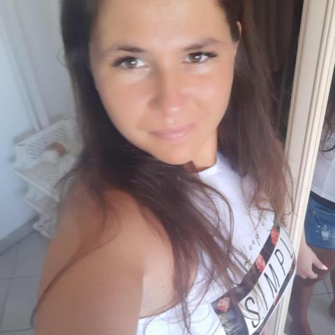 Erzsébet, 37 éves társkereső nő - Debrecen