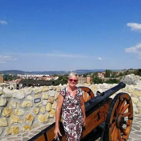 Tekla, 48 éves társkereső nő - Orosháza