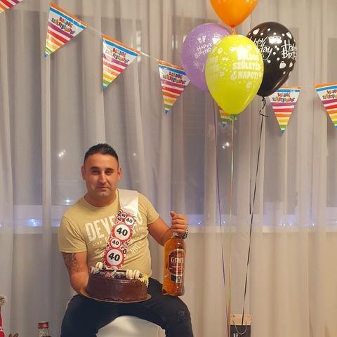 István Isti, 41 éves társkereső férfi - Szeged