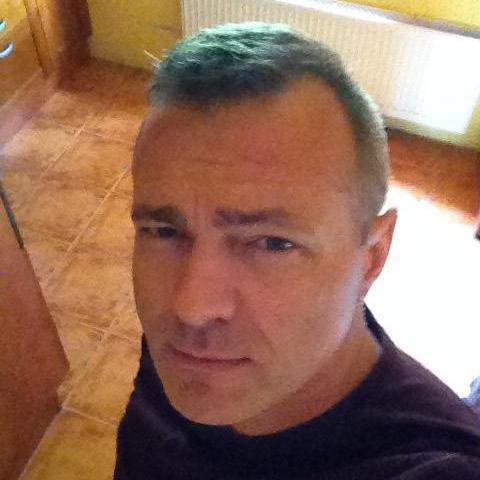 Gyula, 51 éves társkereső férfi - Miskolc