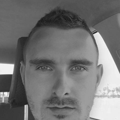 Laci, 28 éves társkereső férfi - Mosonmagyaróvár