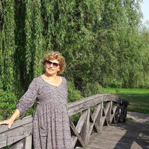 Rozi, 68 éves társkereső nő - Debrecen
