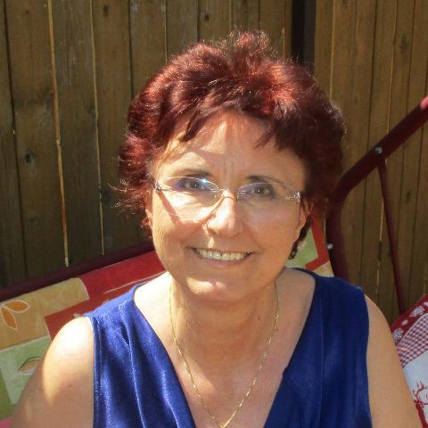 Betti, 64 éves társkereső nő - Budapest
