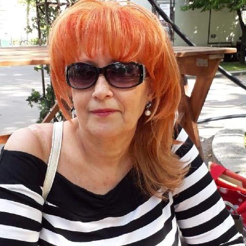 Ági, 67 éves társkereső nő - Szeged