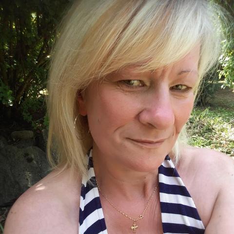 Iren, 54 éves társkereső nő - Kazincbarcika