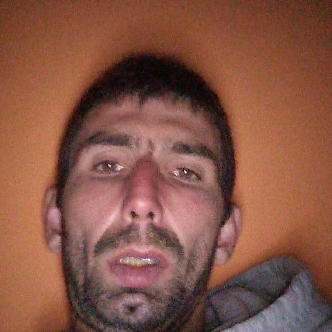 Viktor, 31 éves társkereső férfi - Parkany