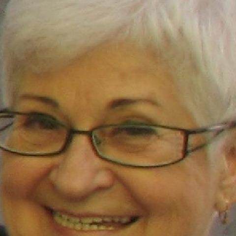 Évi, 77 éves társkereső nő - Budaörs