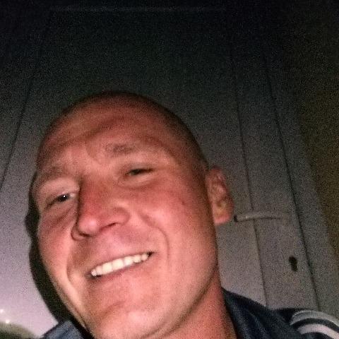 Tamás, 35 éves társkereső férfi - Zalaegerszeg