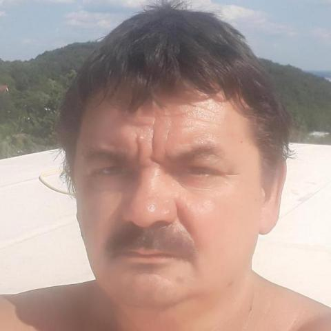 Béci, 48 éves társkereső férfi - Bicske