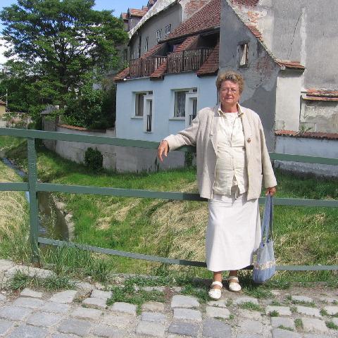 Zsuzsa, 79 éves társkereső nő - Debrecen