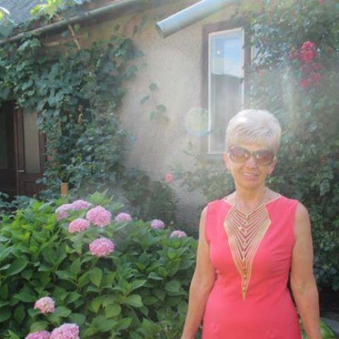 Jolán, 67 éves társkereső nő - Tiszavasvári