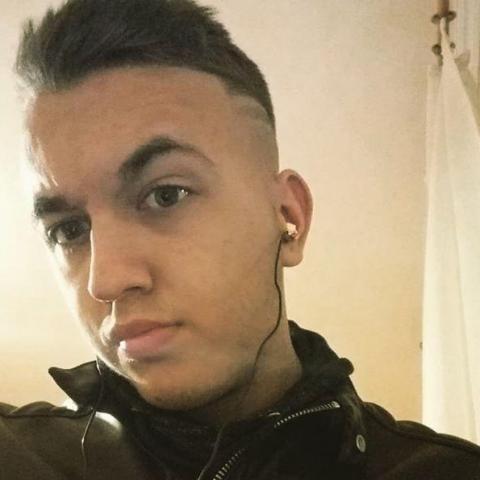 Máté, 21 éves társkereső férfi - Hajdúhadház