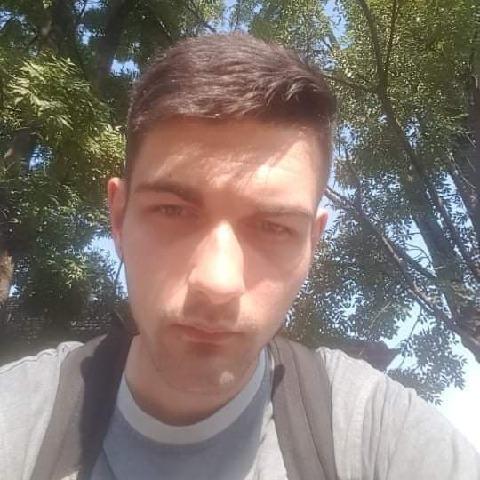 Zsolt, 21 éves társkereső férfi - Békéscsaba