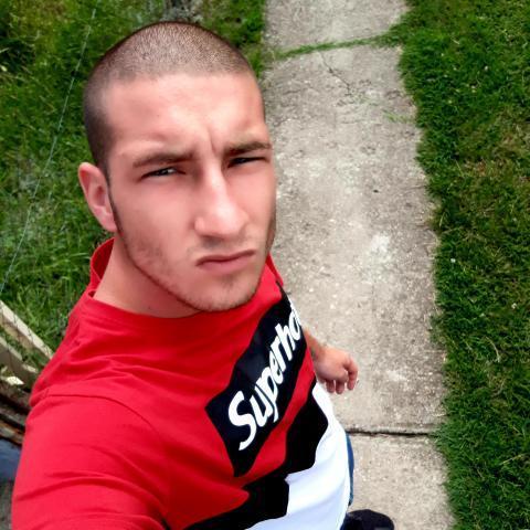 Geri, 21 éves társkereső férfi - Derecske