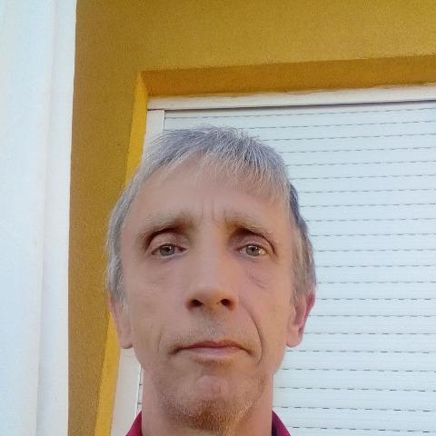 Péter, 59 éves társkereső férfi - Győr