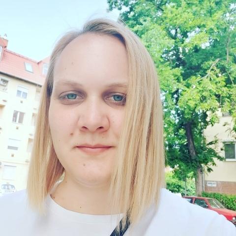 Viola, 25 éves társkereső nő - Székesfehérvár