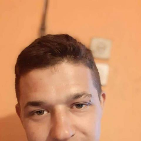 István, 24 éves társkereső férfi - Tiszavasvári