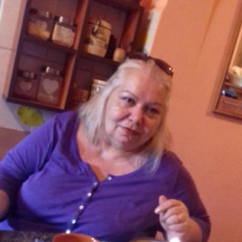 Eva, 64 éves társkereső nő - marosvasarhely
