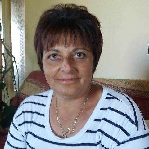 Marika, 56 éves társkereső nő - Újfehértó