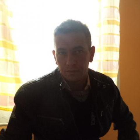 Péter, 39 éves társkereső férfi - Hévíz