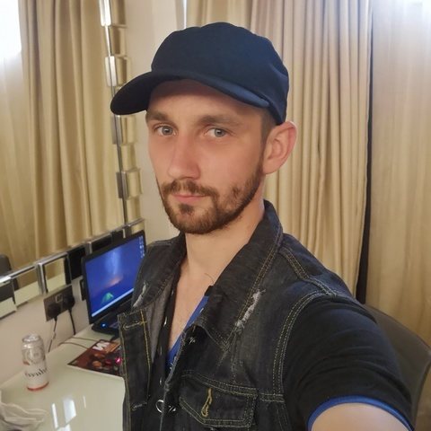 Zoltán, 33 éves társkereső férfi - London