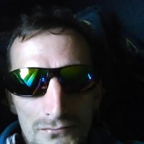 Alfréd, 37 éves társkereső férfi - Külsővat
