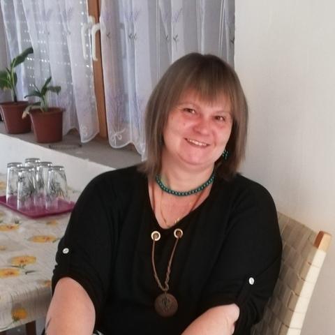 Anikó Tünde, 46 éves társkereső nő - Püspökladány
