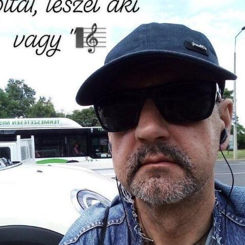 Zsolt, 54 éves társkereső férfi - Miskolc