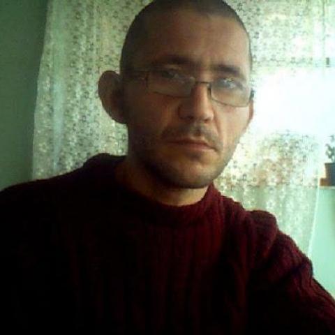 Zoltan, 36 éves társkereső férfi - Pölöske