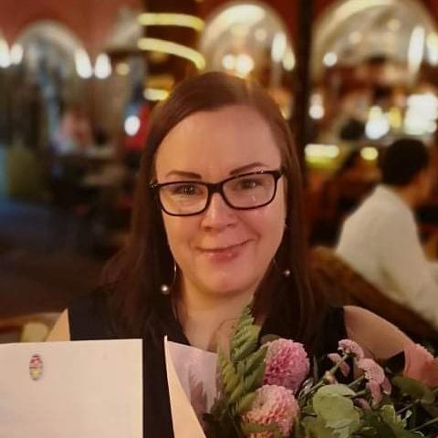 Adri, 40 éves társkereső nő - Budapest