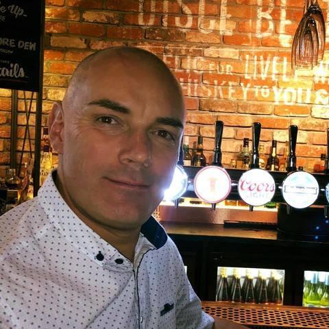 Zsolt, 46 éves társkereső férfi -