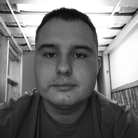 Balázs, 24 éves társkereső férfi - Dunaújváros