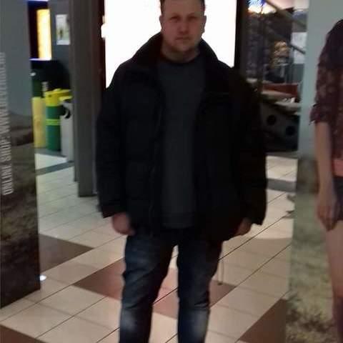 István, 43 éves társkereső férfi - Márokpapi