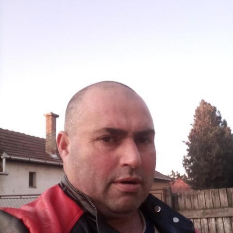 Laci, 46 éves társkereső férfi - Hajdúböszörmény
