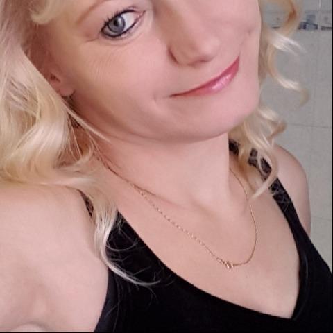 Szilvia, 46 éves társkereső nő - Szombathely