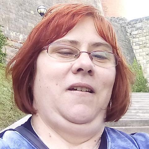 Krisztina, 42 éves társkereső nő - Szeged