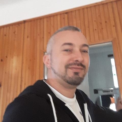 Tamás, 39 éves társkereső férfi - Kóka