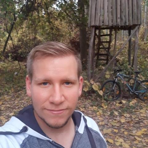 Ákos, 25 éves társkereső férfi - Szentes